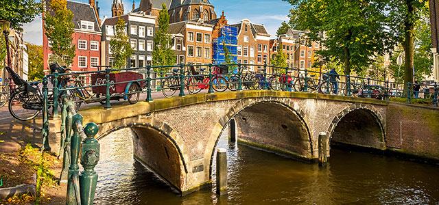 4 Tage Amsterdam im fabelhaft bewerteten Hotel in perfekter Lage inkl. Direktflug ab Wien um 246 Euro